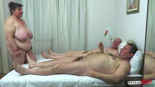 Mama velika pornića