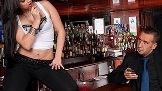 Brazzers :: Porn Videos - XNX