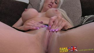 Fakeagentuk cum splattered pussy for tall blonde milf