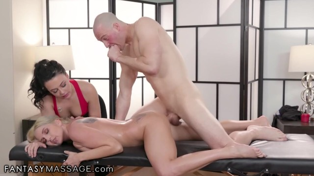 Fantasy Massage Lesbian Milf